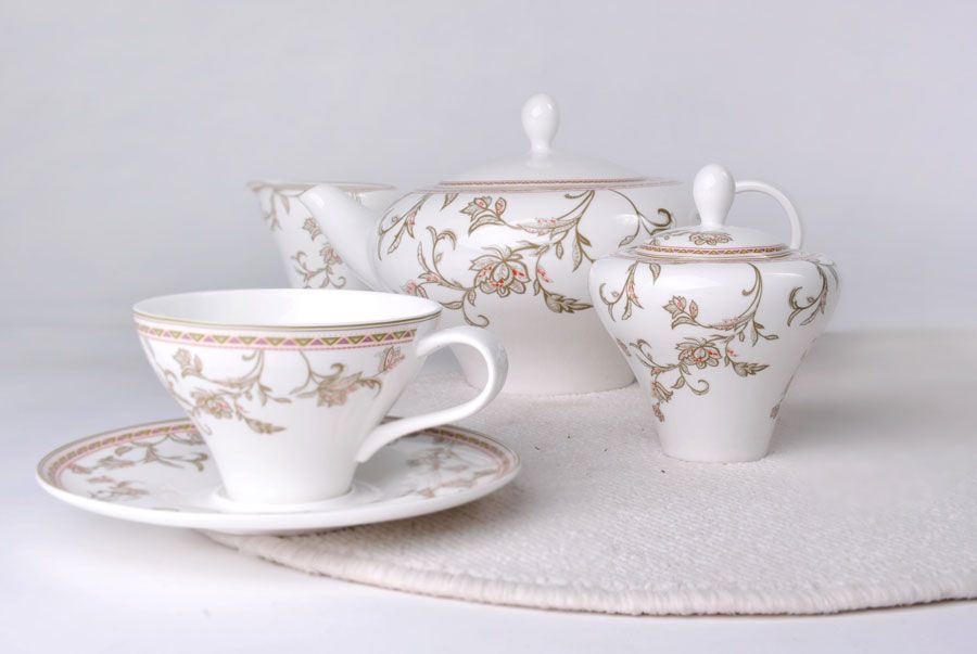 """Чайный сервиз на 6 персон """"Лейла"""", 15 пр."""